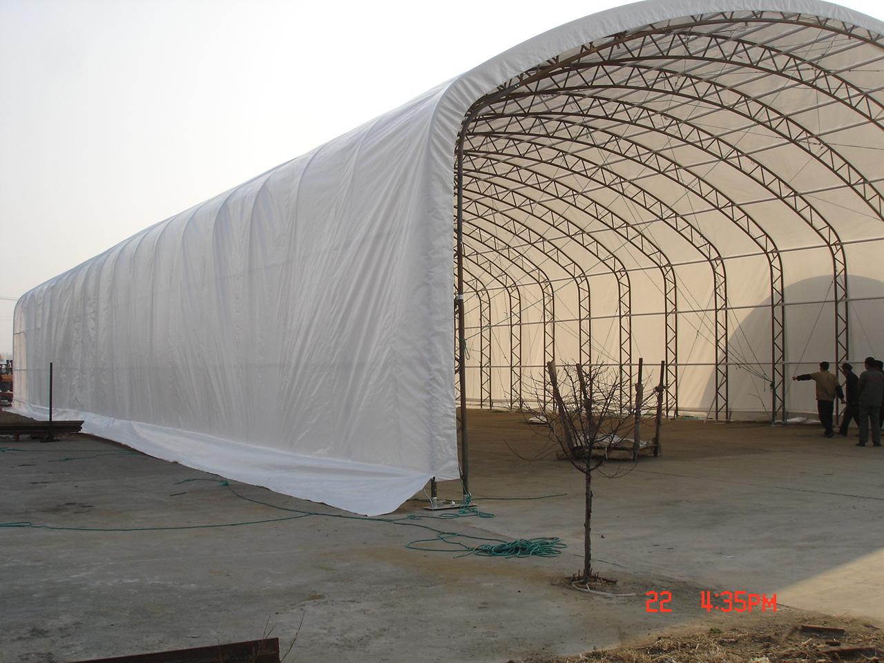 skladový hangár Montcom 49115